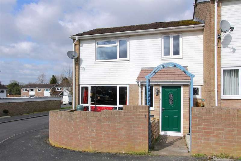 3 Bedrooms End Of Terrace House for sale in Must be seen!!!