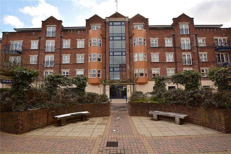 2 Bedrooms Apartment Flat for sale in Carisbrooke Road, Leeds, West Yorkshire