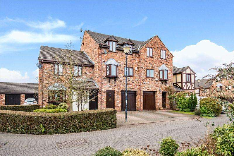 4 Bedrooms House for rent in Quayside Mews, Lymm