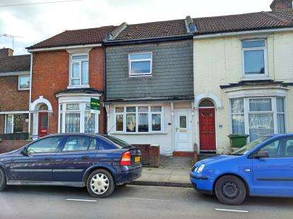 5 Bedrooms Terraced House for sale in Southsea, Hampshire