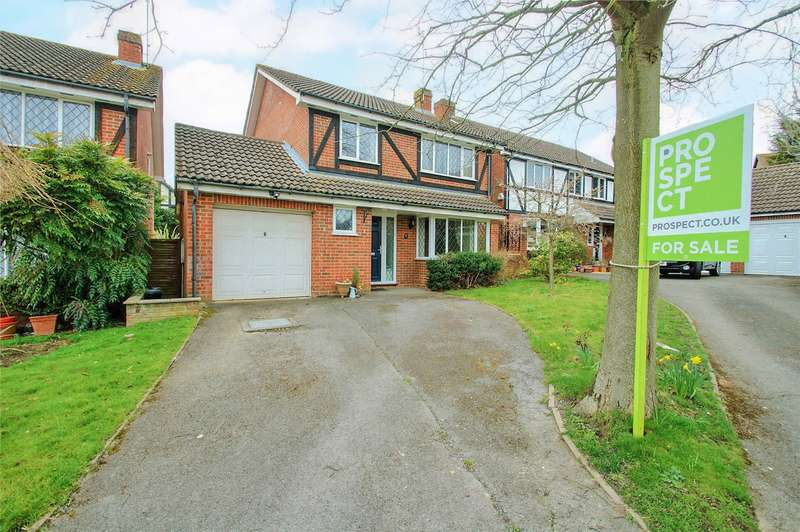 4 Bedrooms Detached House for sale in Cherry Tree Grove, Wokingham, Berkshire, RG41