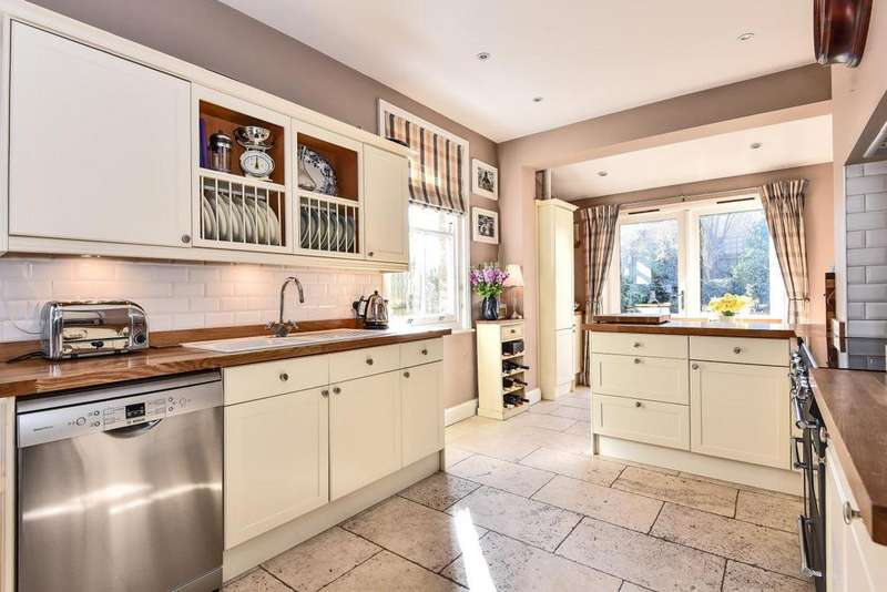 4 Bedrooms Semi Detached House for sale in Tritton Road, West Dulwich