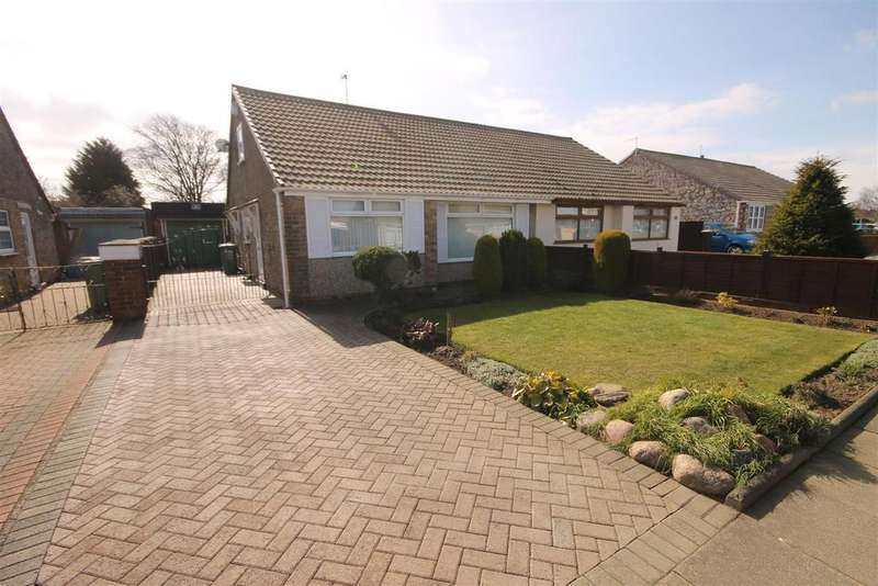 2 Bedrooms Semi Detached Bungalow for sale in Truro Drive, Fens, Hartlepool