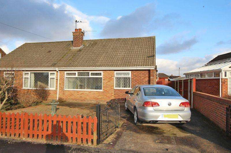 3 Bedrooms Semi Detached Bungalow for sale in VALDA VALE, IMMINGHAM