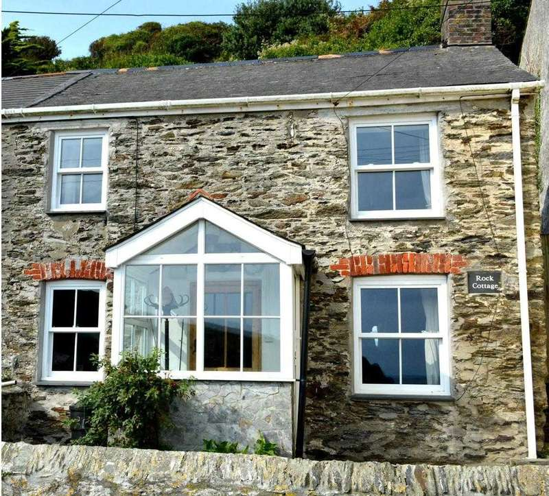 2 Bedrooms Semi Detached House for sale in Portloe, Truro, Cornwall, TR2