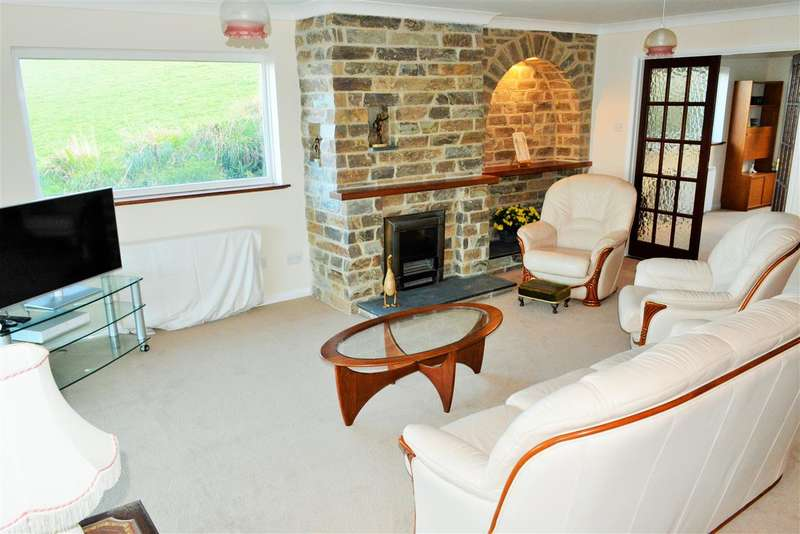 3 Bedrooms Bungalow for sale in Chapel Point Lane, Portmellon, Cornwall