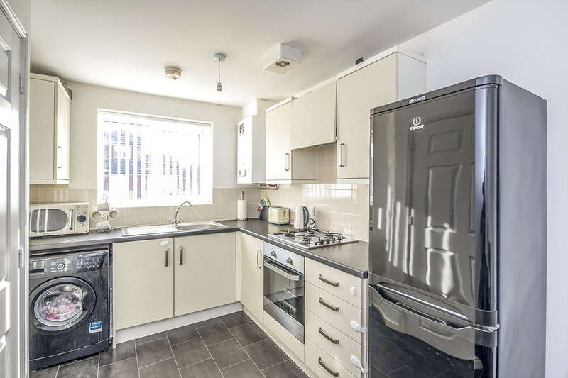 3 Bedrooms Semi Detached House for sale in Thornton Way, Liverpool, L36