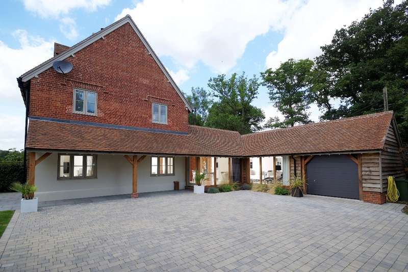 3 Bedrooms Semi Detached House for sale in West Grimstead