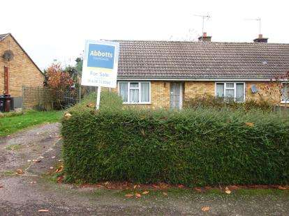 2 Bedrooms Bungalow for sale in Gazeley, Newmarket, Suffolk