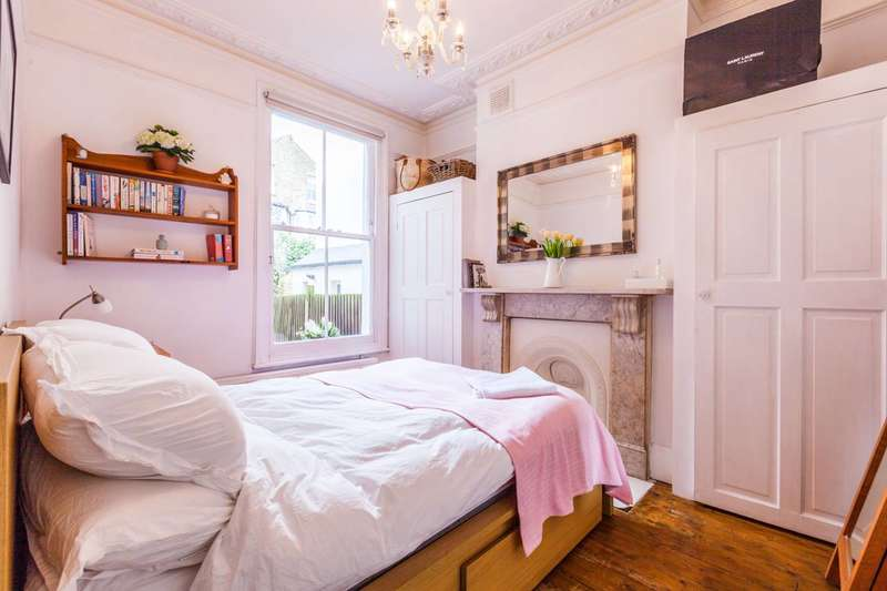 1 Bedroom Flat for sale in Leander Road, Brixton Hill, SW2