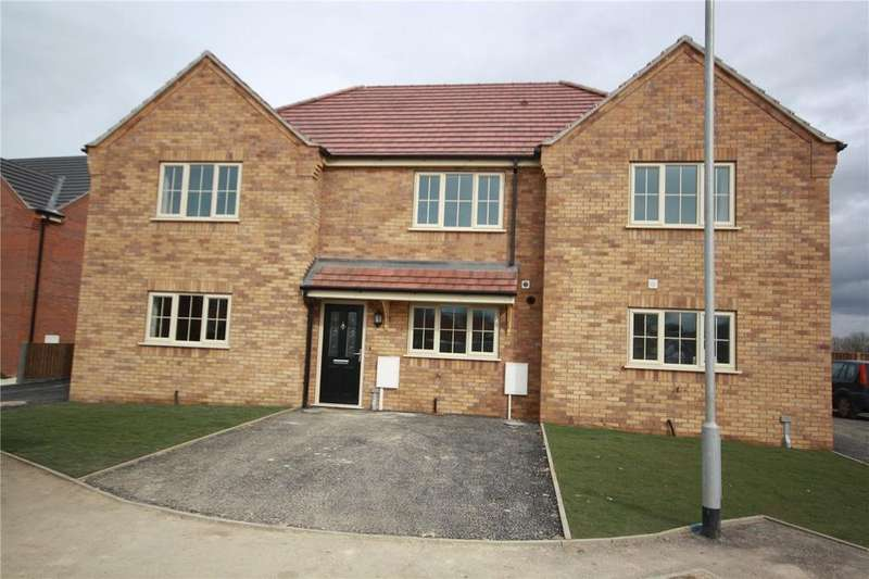 2 Bedrooms Terraced House for sale in Hornbeam Close, Ruskington, Sleaford, Lincolnshire, NG34
