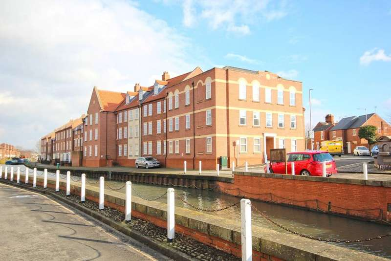 2 Bedrooms Apartment Flat for sale in Minster Wharf, Beverley, HU17