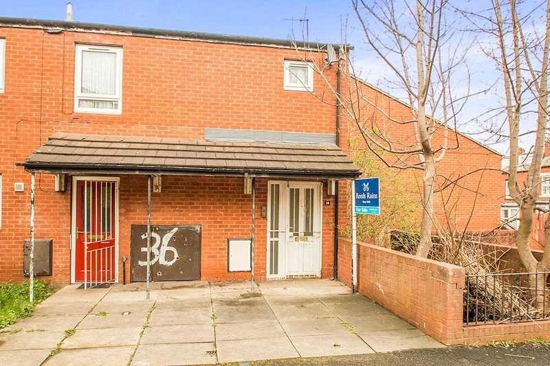 2 Bedrooms Flat for sale in Normanton Place, Leeds, LS11