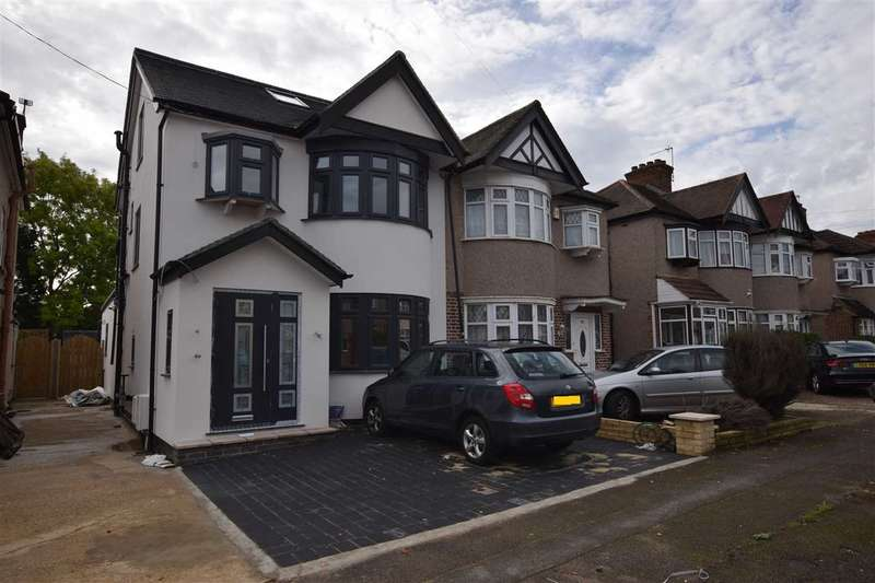 4 Bedrooms Semi Detached House for sale in Formby Avenue, Stanmore