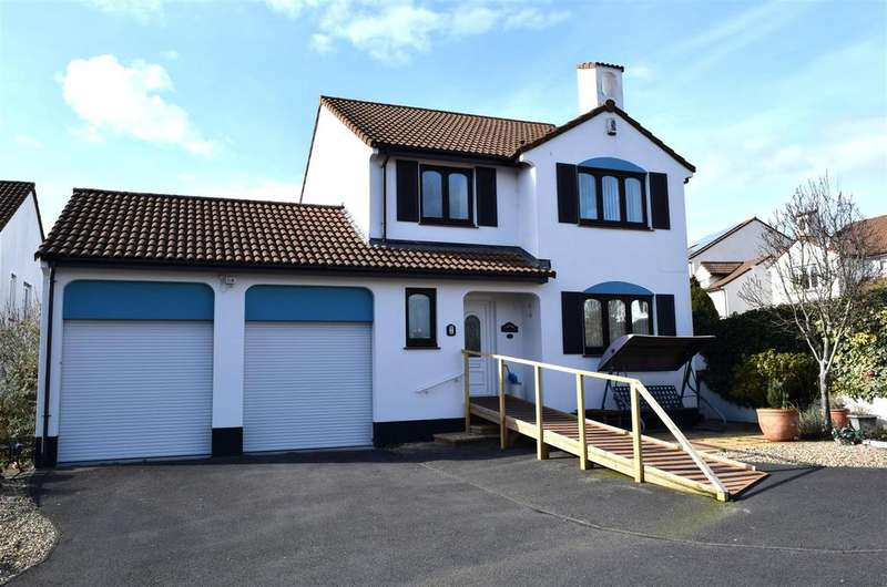 4 Bedrooms Detached House for sale in Brynsworthy Park, Roundswell, Barnstaple