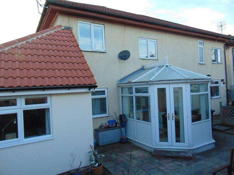 4 Bedrooms Semi Detached House for sale in Coniston Close, Killingworth, Newcastle Upon Tyne