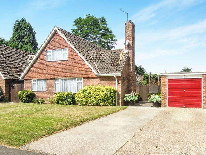 4 Bedrooms Detached House for sale in Brackenforde, Langley