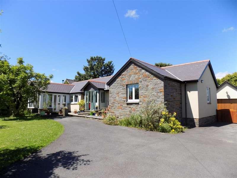 4 Bedrooms Bungalow for sale in Maes Y Llandre, Gower Villa Lane, Clunderwen
