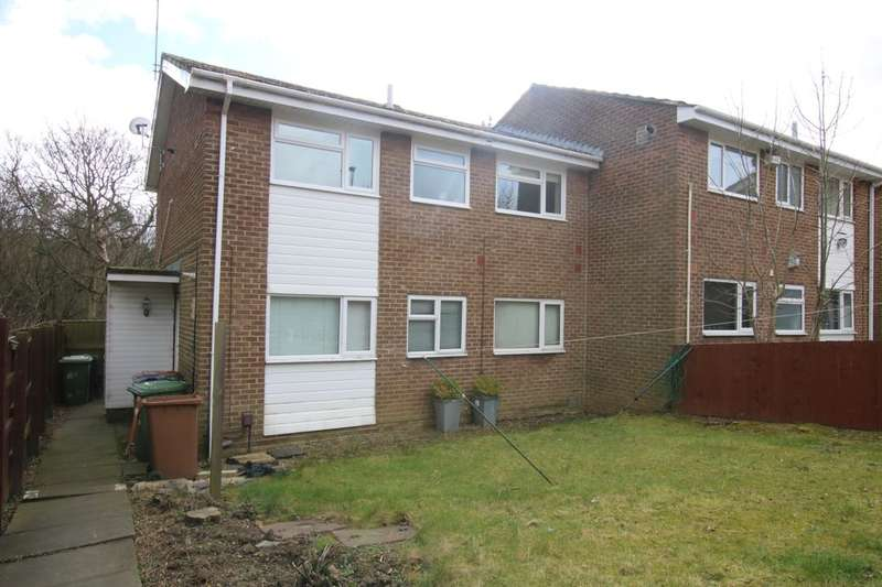 2 Bedrooms Flat for sale in Mitford Close, Washington, NE38