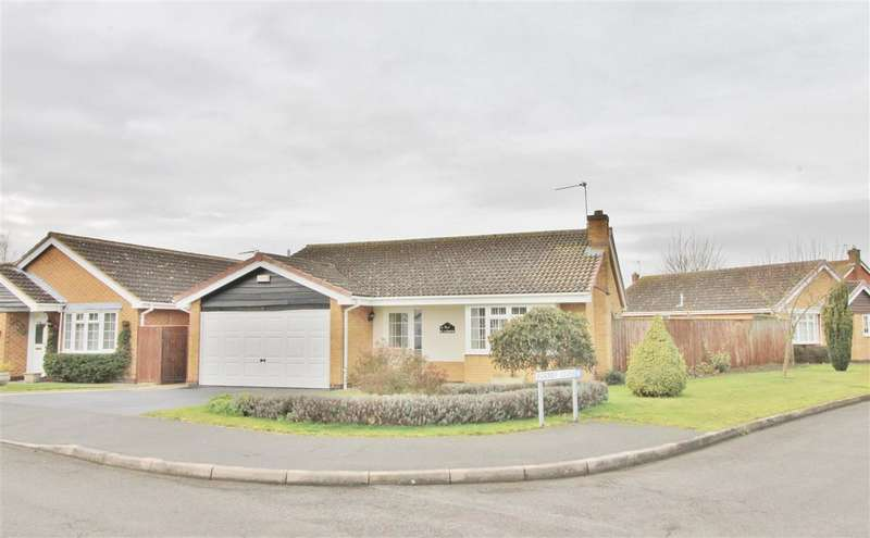 3 Bedrooms Detached Bungalow for sale in St Andrews, Grantham