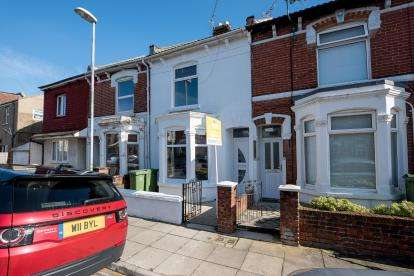 5 Bedrooms Terraced House for sale in Portsmouth, Hampshire