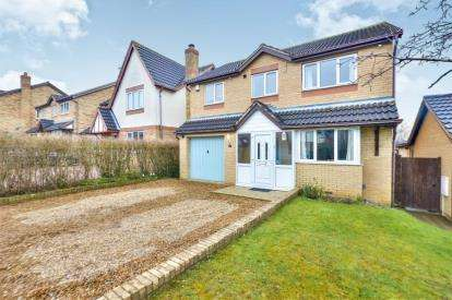 4 Bedrooms Detached House for sale in Crowborough Lane, Kents Hill, Milton Keynes