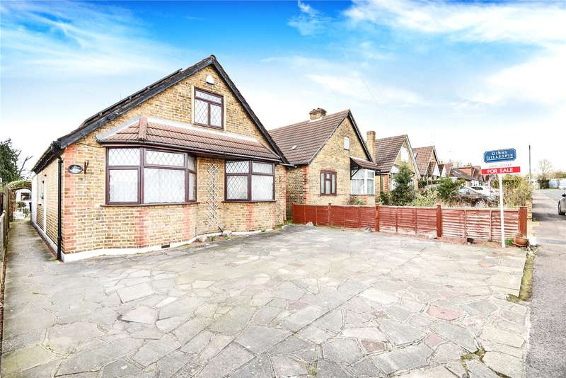 4 Bedrooms Detached Bungalow for sale in Copperfield Avenue, Hillingdon, Middlesex, UB8