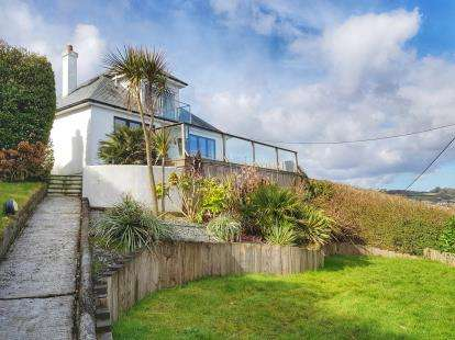 3 Bedrooms Bungalow for sale in Mevagissey, St Austell, Cornwall
