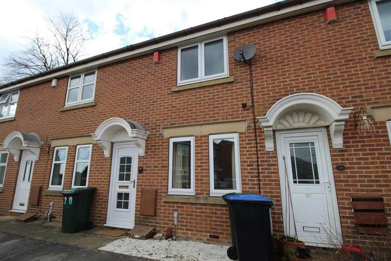 2 Bedrooms House for rent in Danby Avenue, Bradford