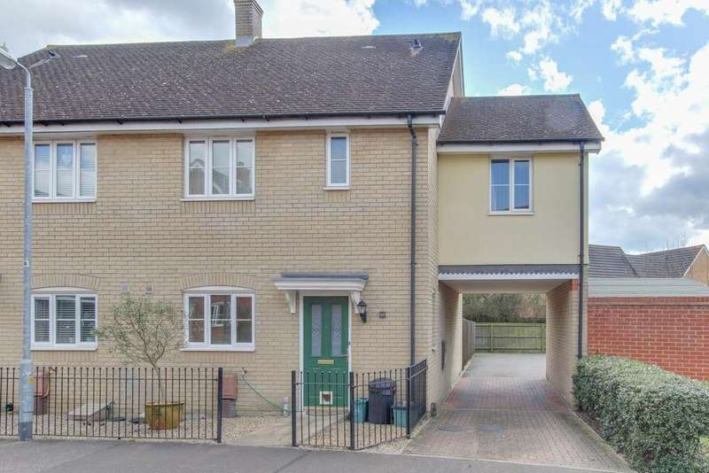 3 Bedrooms Semi Detached House for sale in Gratian Close, Highwoods, Colchester, CO4