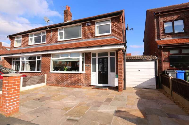 3 Bedrooms Semi Detached House for sale in Charnwood Avenue, Denton, Manchester, M34