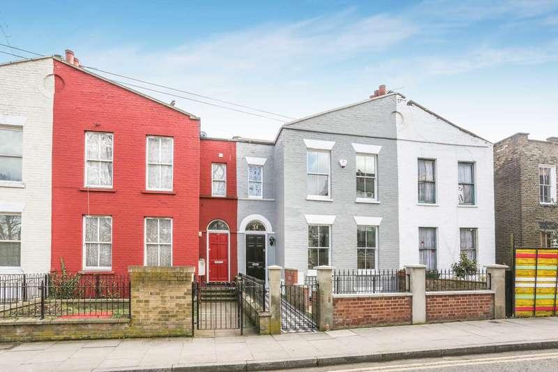 4 Bedrooms House for sale in Martello Street, London Fields