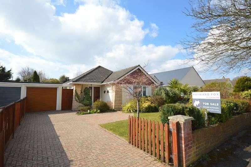 2 Bedrooms Detached Bungalow for sale in Longfield Road, Hordle, Lymington