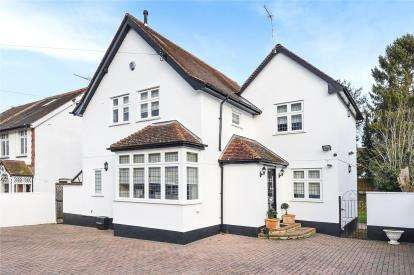 3 Bedrooms Detached House for sale in Hilda Vale Road, Locksbottom, Orpington, Kent