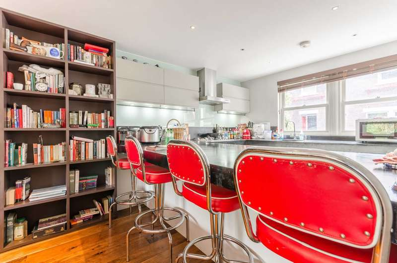 3 Bedrooms House for sale in Lockesfield Place, Canary Wharf, E14