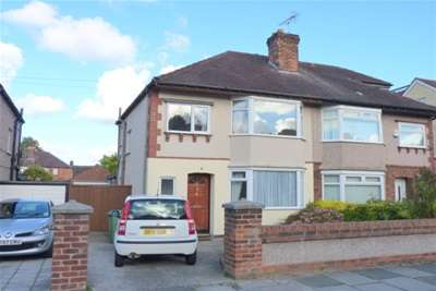 3 Bedrooms Semi Detached House for rent in Heather Dene, Bromborough