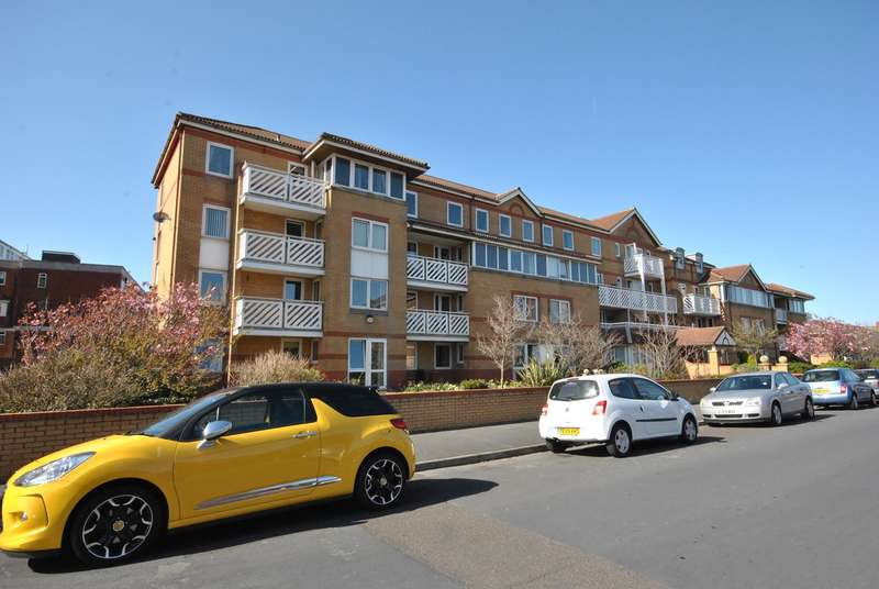 1 Bedroom Retirement Property for sale in Kings Road, Lytham St Annes, FY8