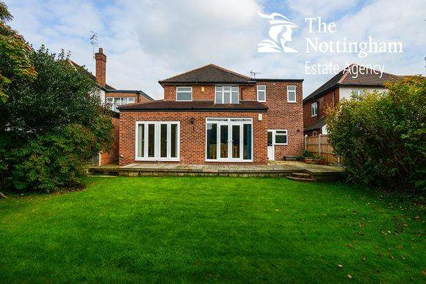 4 Bedrooms Detached House for sale in May Avenue, Nottingham, NG8