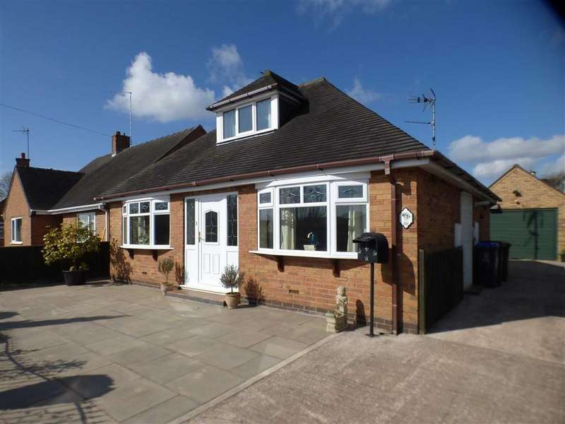 2 Bedrooms Detached Bungalow for sale in 36, The Avenue, Cheadle