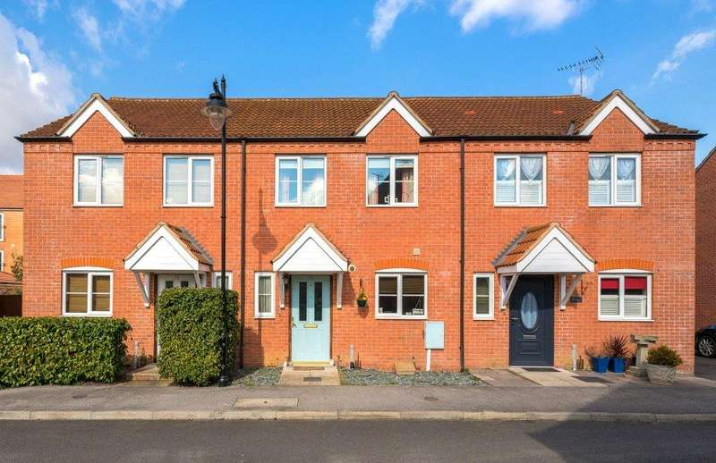 3 Bedrooms Terraced House for sale in Elsea Park Way, Bourne, PE10