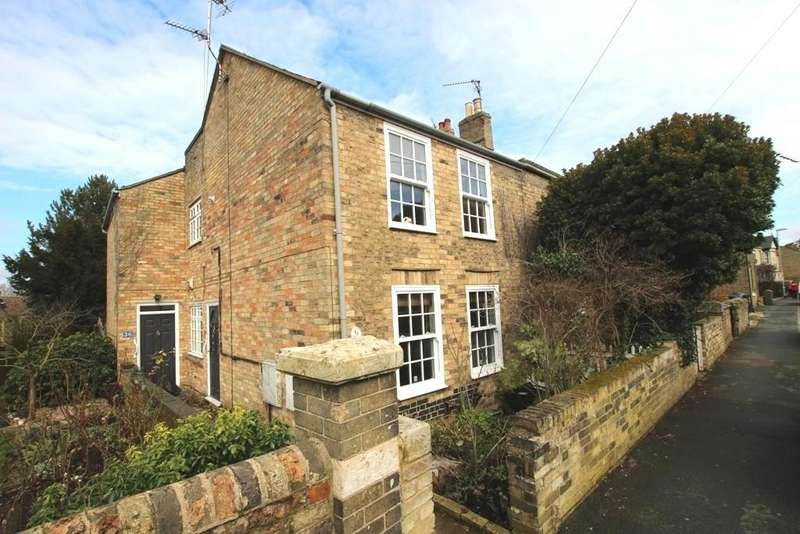 3 Bedrooms Semi Detached House for sale in Chapel Street, Ely