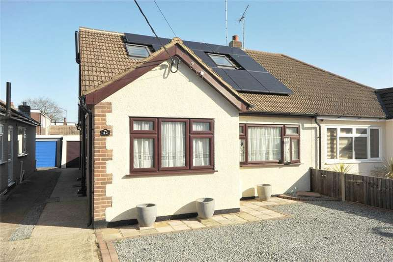 4 Bedrooms Semi Detached House for sale in Orchard Lane, Pilgrims Hatch, Brentwood, Essex, CM15