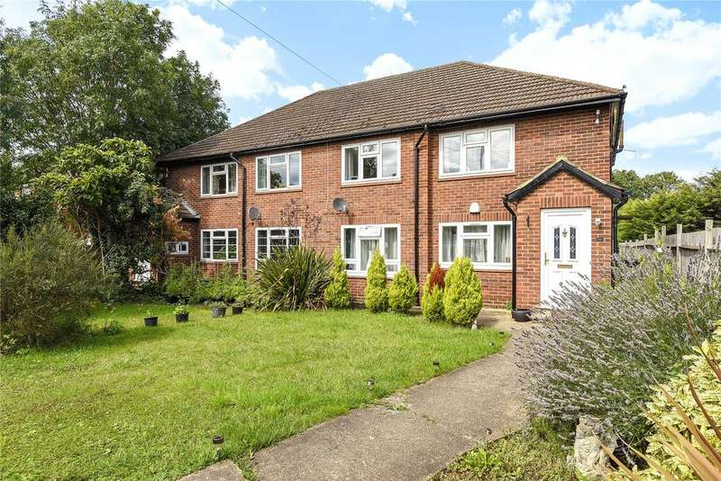 2 Bedrooms Maisonette Flat for sale in Clewer Hill Road, Windsor, Berkshire, SL4
