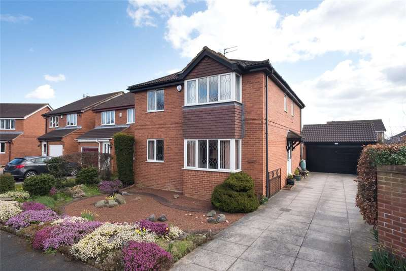 4 Bedrooms Detached House for sale in Birkdale Grove, York, YO26