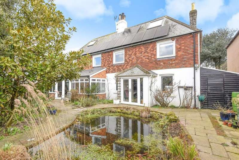 4 Bedrooms Detached House for sale in Rye Harbour Road, Rye, East Sussex TN31 7TT
