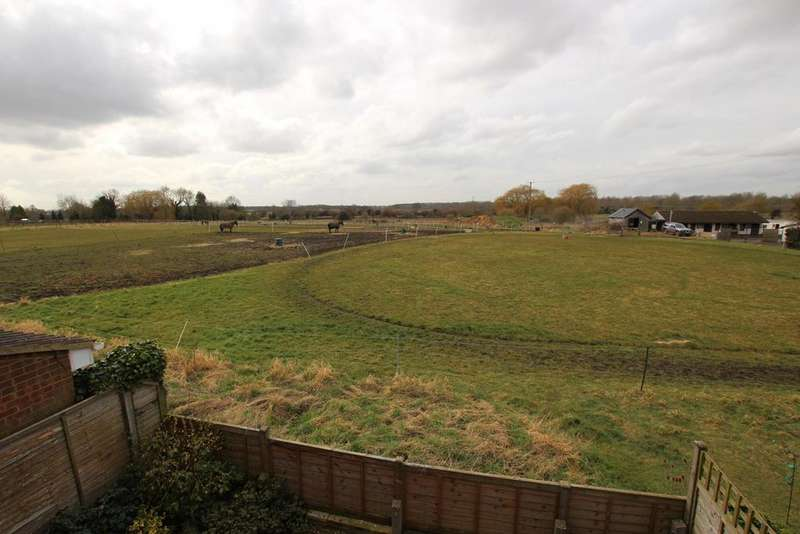 3 Bedrooms Semi Detached House for sale in High Street, Langford, Biggleswade, SG18