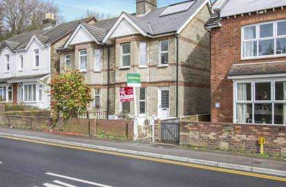 3 Bedrooms Semi Detached House for sale in Lilliput, Poole, Dorset