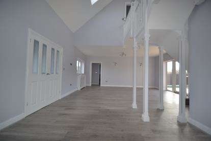 3 Bedrooms Detached House for sale in Chatham Green, Chelmsford, Essex