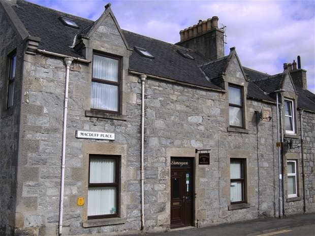 4 Bedrooms End Of Terrace House for sale in Macduff Place, Dufftown, Dufftown