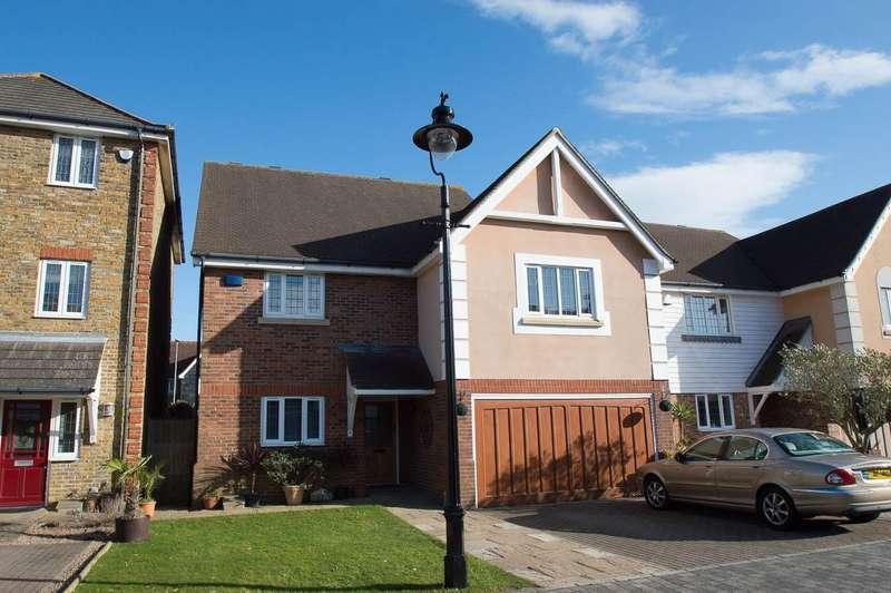 4 Bedrooms Detached House for sale in Kensington, Eastbourne